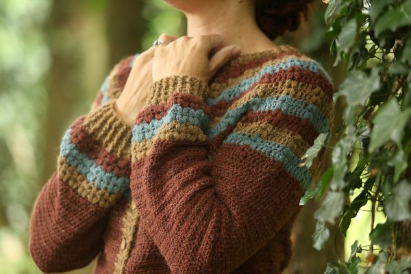 Linda Modderman Design Haakpatroon Autumn Leaves Cardigan Haken Patroon